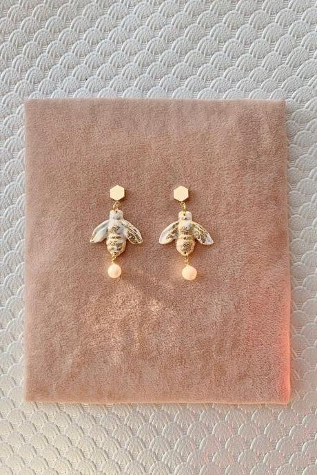PolymerClay Earrings Bumblebee with Fresh water pearl & gold plated pedant